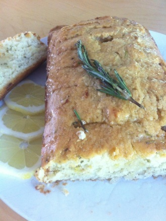 Cake huile dolives, romarin et citron frais