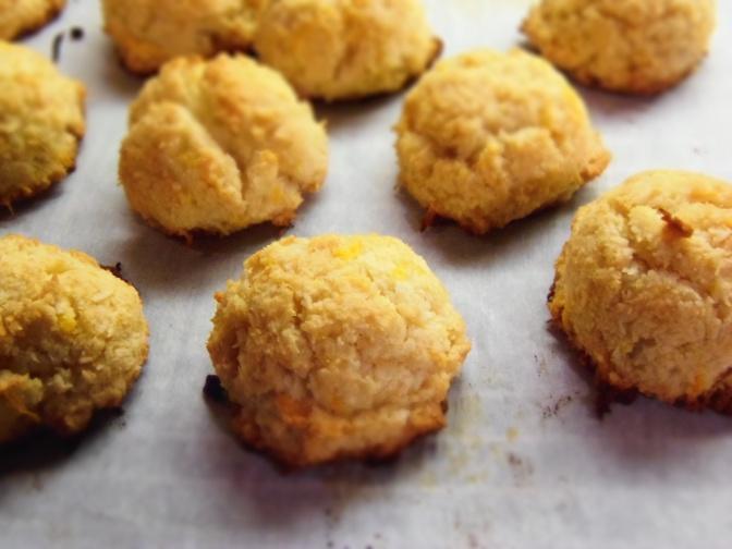 Macarons à la noix de coco parfum d'agrumes vg et sans gluten